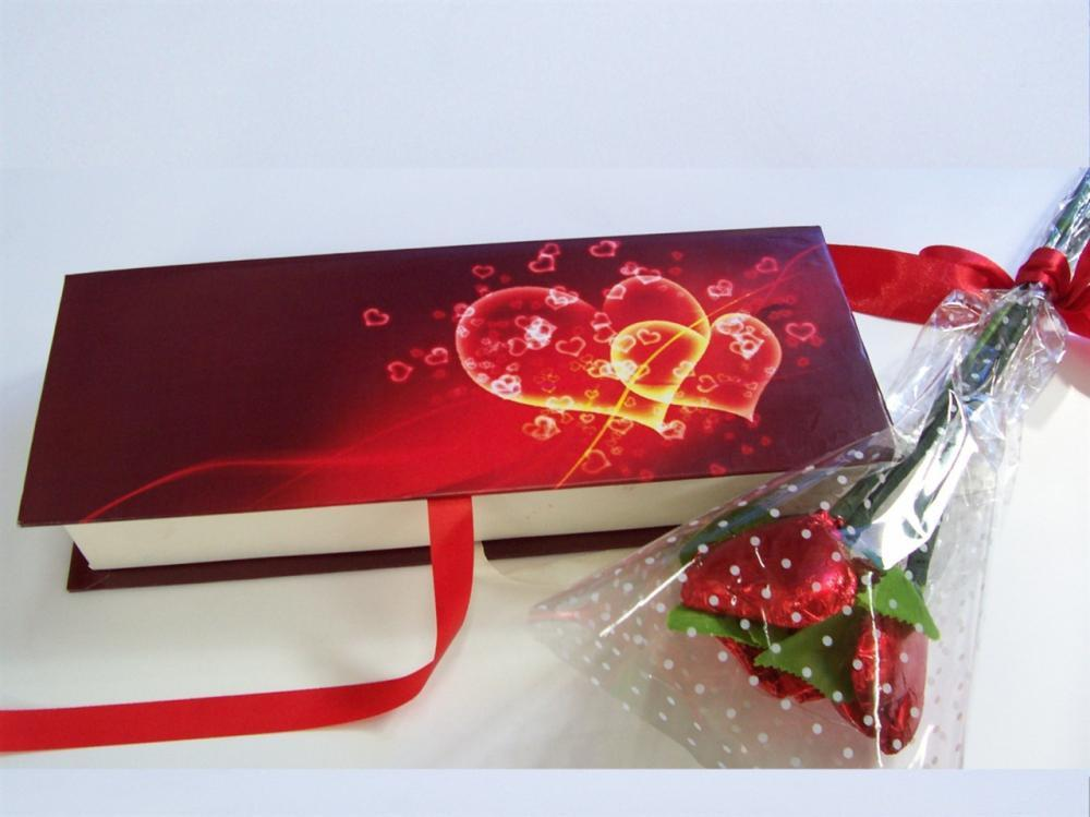 Valentine Chocolate Hampers 4 by Chocolate Junction | Winni.